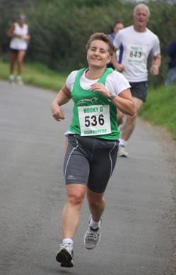 Sharon Bedford in action at the Hooky 6 held on Sunday, 12 August 2012.